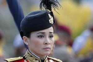 Vua Thái Lan công bố hoàng hậu 'nữ tướng' 3 ngày trước lễ đăng cơ