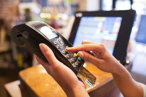 Napas tiếp tục giảm 47% - 80% phí chuyển mạch cho 48 ngân hàng