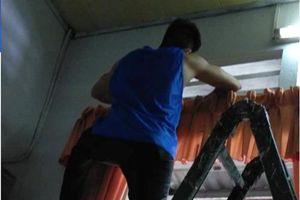 Cô nàng 'khoe' bạn trai cũ sửa nhà giúp nhận 'mưa chỉ trích'