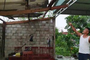Lốc xoáy gây thiệt hại lớn trên 3 huyện ở Hà Tĩnh