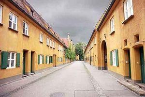 Kỳ lạ khu nhà giữ nguyên giá thuê 1 USD/năm trong suốt 500 năm
