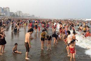 Sầm Sơn đón hơn 60 vạn khách dịp nghỉ lễ