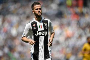 Miralem Pjanic từ chối gia hạn hợp đồng với Juventus