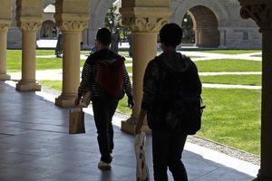 6,5 triệu USD gia đình TQ trả là để cho con vào Đại học Stanford