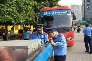 Hà Nội: Xe khách Nam Định 29 chỗ 'nhồi' 73 người ngày cuối nghỉ lễ