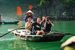 Visa có là chìa khóa vàng mở 'nút thắt cổ chai' cho du lịch Việt?