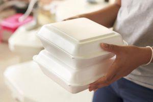 Mỹ cấm dùng hộp xốp đựng thực phẩm