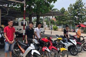 Truy bắt nhóm thanh niên tổ chức đua xe đêm nghỉ lễ