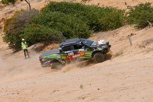 Quyết liệt tranh tài tại giải đua xe địa hình trên cát Mui Dinh Challenge 2019
