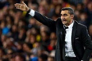 HLV Barca cảnh báo học trò sau đại thắng trước Liverpool