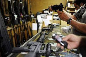 Giáo viên bang Florida sắp được mang súng vào lớp học