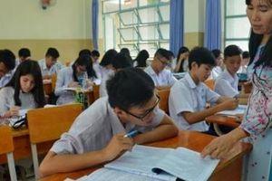 Quảng Ngãi: Đề nghị Kho bạc trả lương để giữ giáo viên hợp đồng