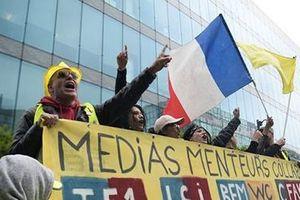 Nước Pháp sau 24 tuần 'nhuộm vàng' áo gilet