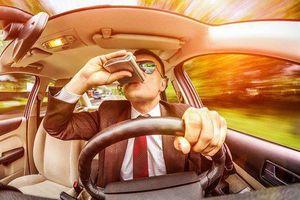 Uống rượu khi lái xe ở Mỹ bị phạt tiền, phạt tù, gắn chip, mất việc