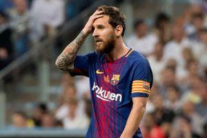 Hơn 4.000 người ký tên đòi UEFA treo giò Messi