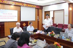 Giáo dục Việt Nam lọt top 10 thế giới: Khó hiểu!