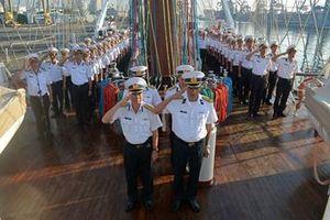 Tưởng niệm nguyên Chủ tịch nước Lê Đức Anh trên Tàu buồm 286/Lê Quý Đôn tại Indonesia