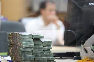 Giao dịch cổ phiếu ESOP, giá rớt sàn