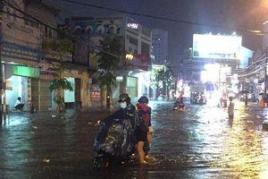 Đồng Nai: Nhiều tuyến đường ngập sâu sau cơn mưa lớn kéo dài