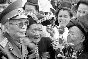Chuyện về Đại tướng Võ Nguyên Giáp ở Mường Phăng
