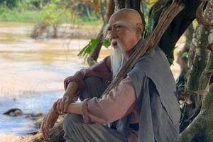 Hạnh Thúy kể về 'ông già' Lê Bình: 'Tao thuộc Tí Quị nên thăng trầm lắm nỗi'