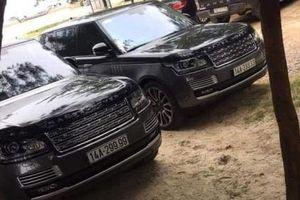 Bộ đôi Range Rover 'khủng' đọ biển tứ quý tại Quảng Ninh