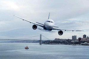 Khó khăn của phi công khi hạ cánh máy bay xuống nước