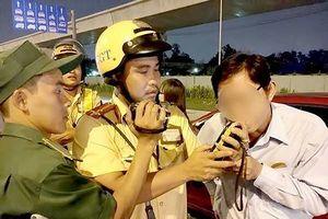Xem xét tước bằng lái vĩnh viễn tài xế say xỉn gây tai nạn
