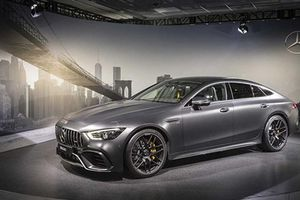 Mercedes-AMG GT 4-Door Coupe giá từ 6 tỷ đồng tại Malaysia