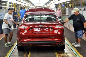 Các hãng xe sẽ có một năm 2019 kinh doanh 'thất bát' tại Mỹ?