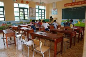 Vụ đâm học sinh thương vong: Hôm nay, chỉ 1/3 học sinh đến trường