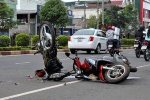 Cả nước có hơn 10.000 trường hợp khám cấp cứu do tai nạn giao thông dịp lễ 30/4 và 1/5
