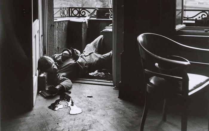 Khoảnh khắc ám ảnh: Lính Mỹ bị lính bắn tỉa Đức hạ gục bằng 1 phát đạn