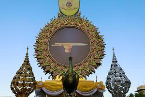 Những bảo vật thiêng trong lễ đăng quang Nhà vua Thái Lan