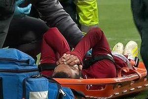 Chấn thương nặng, Mohamed Salah bật khóc rời sân trên cáng