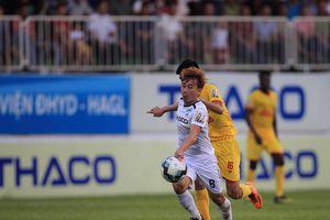 Vòng 8 V-League 2019: Minh Vương tỏa sáng, HAGL thắng dễ tại Pleiku
