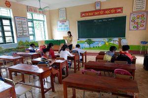 Hơn 140 học sinh chưa đến lớp sau vụ học sinh bị đâm chết tại lớp học