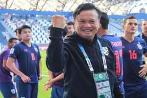 Thái Lan sẽ 'phù phép' ghế HLV trưởng trước vòng loại World Cup 2022?