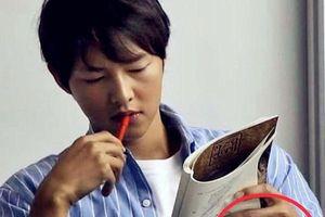 Hình ảnh Song Joong Ki đeo nhẫn cưới khiến nhiều người vui mừng và sự thật là…