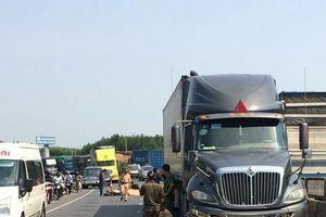Quảng Trị: Xe máy va chạm xe bán tải, một người tử vong
