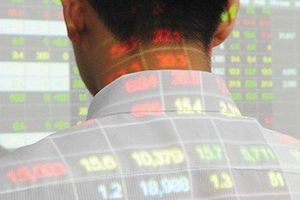 Sắc đỏ bao trùm, chứng khoán mất gần 3 tỉ USD