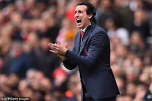 Dâng vé dự Champions League cho Chelsea, HLV Arsenal nói gì?