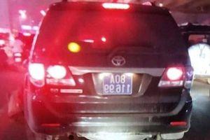 Đình chỉ Thượng sỹ Công an lái xe biển xanh 80A gây tai nạn rồi bỏ chạy