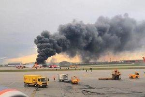 Máy bay Nga 'nảy lên đập xuống như châu chấu' trước khi bốc cháy trên đường băng