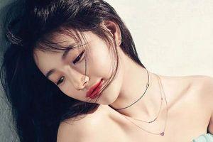 Lisa (Black pink), Hani (EXID), Momo (Twice) dẫn đầu danh sách những idol có bờ vai 90 độ quyến rũ nhất