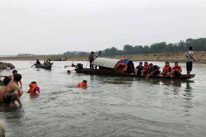 Thanh hóa: Tắm sông Mã, 4 học sinh đuối nước thương tâm