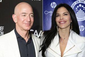 Tỷ phú Jeff Bezos lần đầu công khai hẹn hò với bạn gái hậu ly hôn