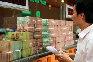Lãi suất liên ngân hàng 'trồi sụt' vì động thái của Kho bạc Nhà nước