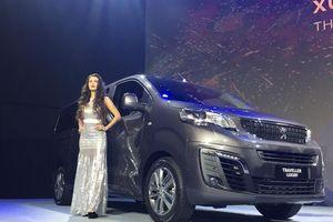 Có gì đặc biệt trong hai mẫu xe của Peugeot Traveller ra mắt tại THACO?