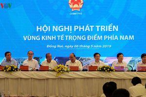 Thủ tướng: Vùng kinh tế trọng điểm không phải là số cộng phát triển